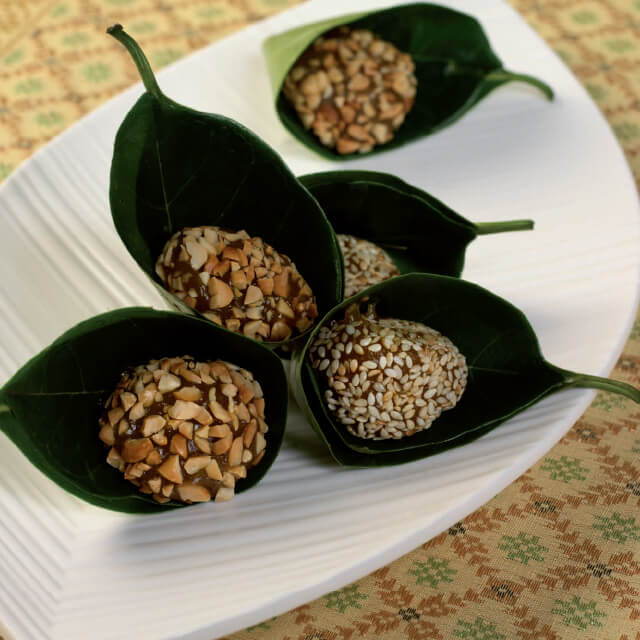 Groundnut and Sesame Coated Pumpkin Balls