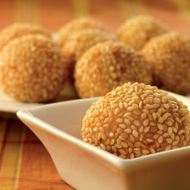 Sesame Seed Balls with Sweet Coconut Filling